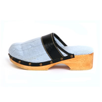 Blue Cable / Clog
